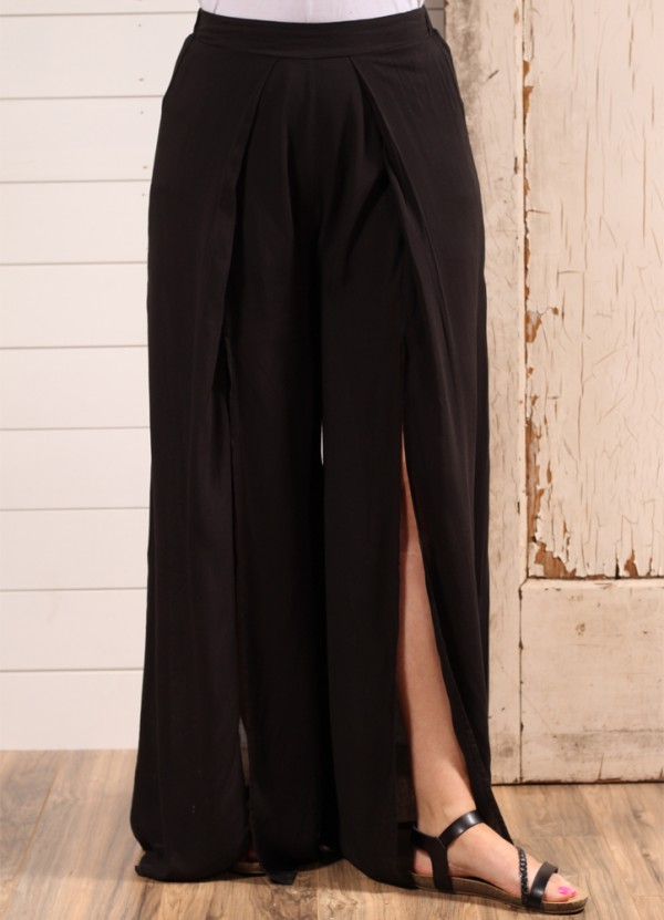 High Wasted Double Slit Pant in Black by Entro