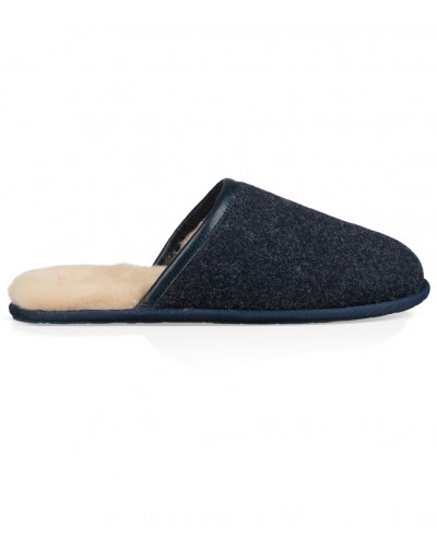 Scuff Novelty in New Navy by UGG