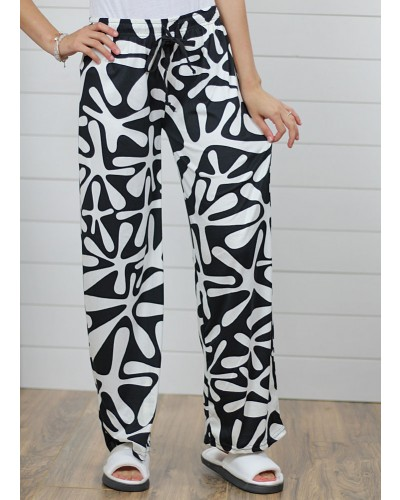 Lounge Pant in Black/White by DM Merchandising