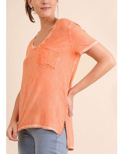 S/S Washed High Low Top with Chest Pocket in Peach by Umgee