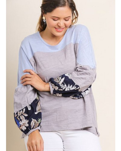 Long Puff Sleeve Leaf Print Colorblock Top in Cool Grey by Umgee